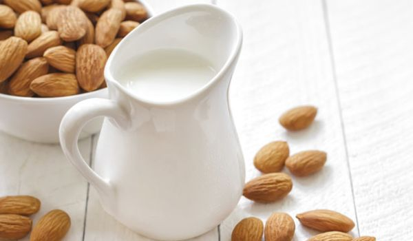 Almond Or Cashew Milk