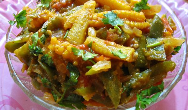 Baby Corn Capsicum Curry