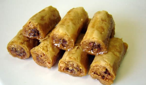 Baklava Rolls Recipe How To Make Baklava Rolls