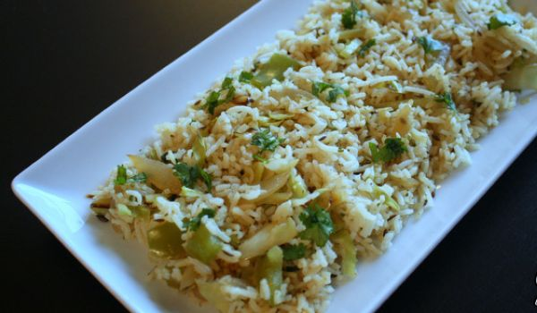 Cabbage and Capsicum Pulao Recipe