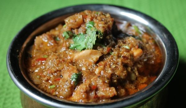 Chettinad Chicken Kulambu Recipe
