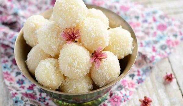 Coconut Ladoos