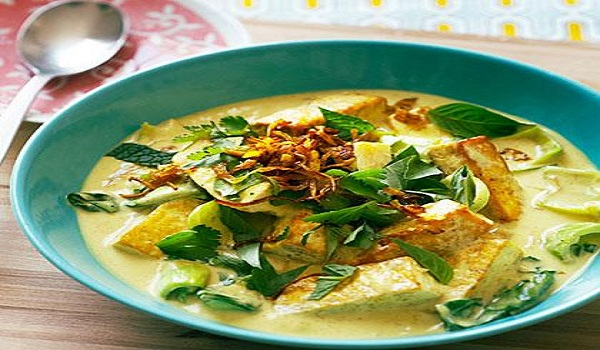 Coconut Tofu Curry