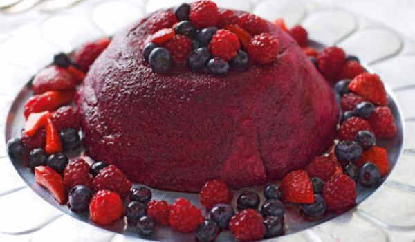 English Style Raspberry Pudding