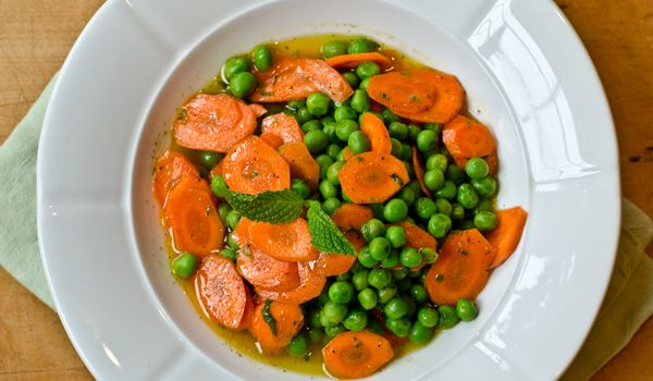 Italian Carrot And Peas Salad