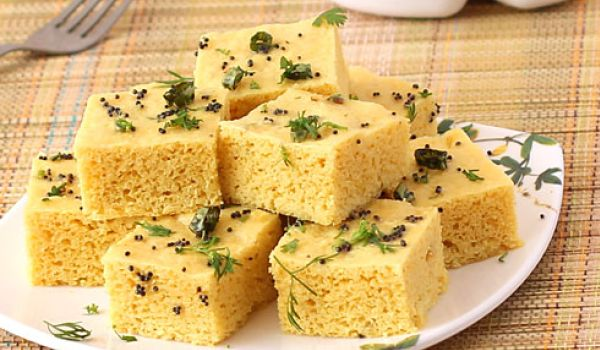 Gujarati snack recipe how to make gujarati snack simple easy khaman dhokla is a popular gujarati dish that has found its way to kitchens throughout the nation the easy to make snack is tempered with mustard seeds and forumfinder Choice Image