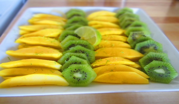 Kiwi And Mango Salad
