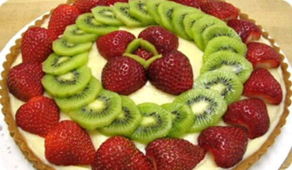 Kiwi Yogurt Pie