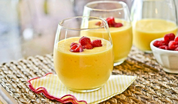 Mango-Peach Smoothie Recipe