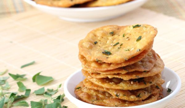 Methi Ki Puri Recipe
