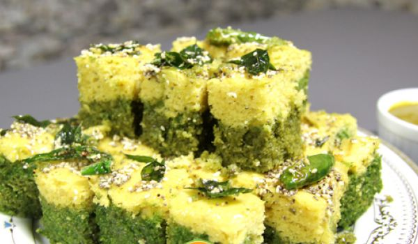 Methi Palak Dhokla Recipe