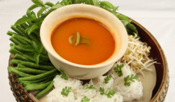 Noodles with fish curry sauce recipe how to make noodles for How to make fishing noodles