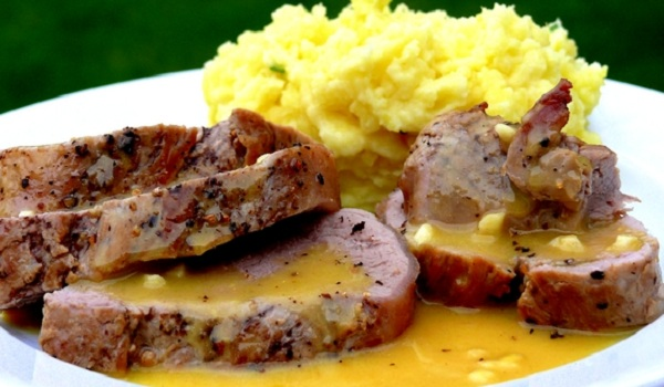 Pork Medallions with Dijon Sauce