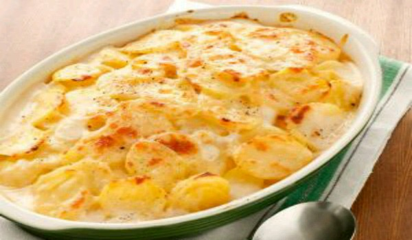 Potatoes Baked With Eggs And Cream