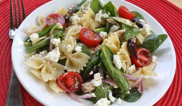 Red Onion Tomato And Pasta Salad