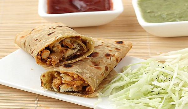 Spicy Chapati Rolls Recipe