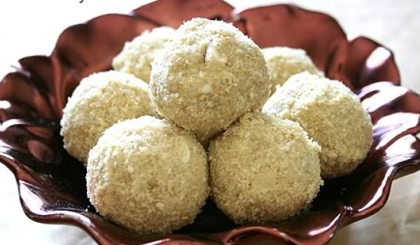 Til Laddoo Recipe