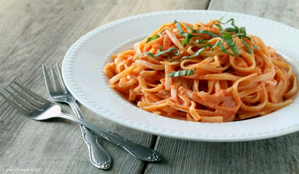 Tomato-Cream Sauce For Pasta Recipe